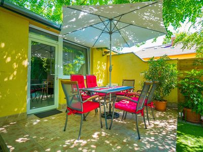 Holiday apartment just 250 meters from the sandy beach at the golden beach