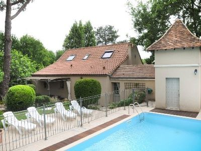 Photo for 'Villa Pomme de Pin': Thatched Cottage Perigord charming private pool wooded park