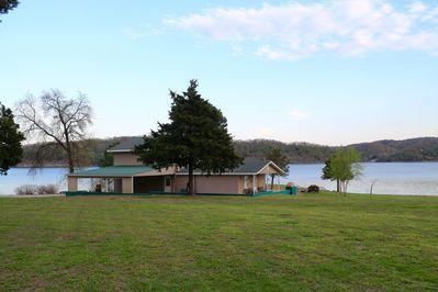 Beautiful 5 Bedroom Waterfront House On Grand Lake Private Dock Boat Ramp Fairland