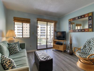 Photo for Gulf view condo w/shared pools & hot tub, beach access!