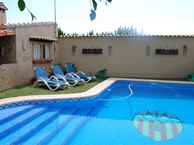 Photo for Detached villa with private pool near Valencia