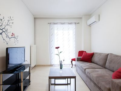 Photo for Homey 1-bdrm apt in the center of Athens