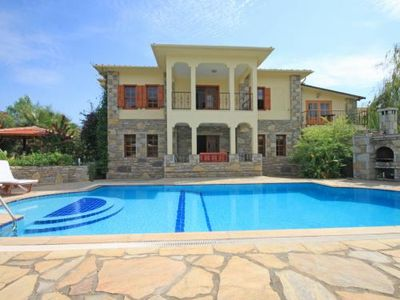 Photo for Exclusive, private 4 bedroom villa with rock tomb views close to the town