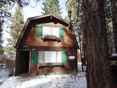 Photo for Silver Gardens - 2 Bedrooms, Near Skiing & Golf with Hot Tub