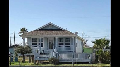 Photo for Welcome to the Coastal Breeze Bungalow a comfortable home in the heart of it ALL