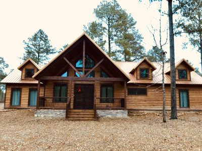Photo for Majestic High, newly constructed  luxury log cabin, 3 bedrooms,hot tub,sleeps 8