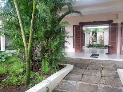 Photo for House with pool for up to 18 people - Guaiuba Beach (Guarujá).