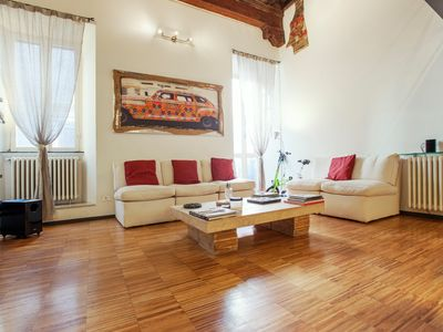 Photo for Rome, historic center, characteristic apartment for 6