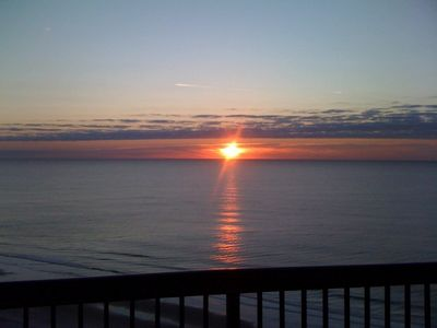 Photo for 3 Bedroom/3 Bath-Direct Oceanfront-Margate Tower