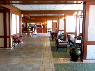 Elegant Lobby with friendly staff available 24 hours