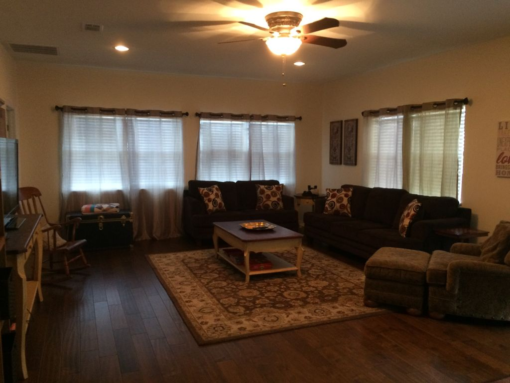 Roomy 2nd Floor (over garage) Apartment On Golf Course Near Lake ...