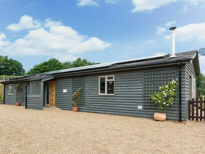 Photo for Cozy Holiday home in Broad Oaks Kent with Private Parking