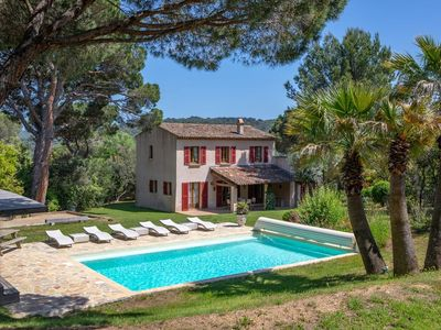 Photo for 4BR Villa Vacation Rental in Gassin, Provence-Alpes-Côte-D'Azur