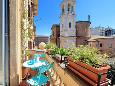 Photo for Nicolò III apartment in San Pietro with WiFi, balcony & lift.