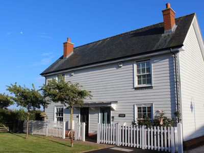 Photo for Saltmarsh Cottage - Camber Sands