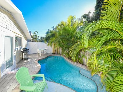 Photo for PRIVATE POOL and steps to the beach at Coconut Cottage #2