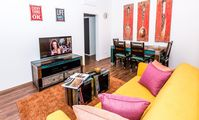 Excellent apartment which is very well located. The apartment is nicely furnished and supplied .