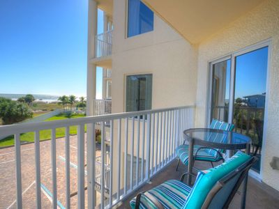 Photo for Upgraded. Great Value! Private Balcony and Gulf View.