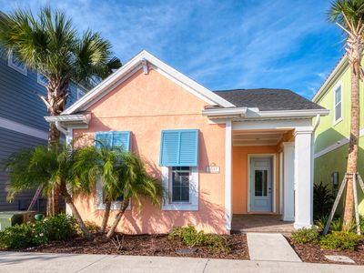 Photo for Beach Bliss Cottage! Hotel Amenities & Daily Clean Included, 3 Miles From Disney