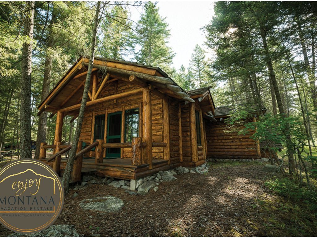 onlinechange south creek west montana cabin yellowstone info cabins interior rentals yellowste entrance deep