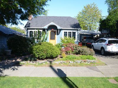 Photo for Charming family home in West Seattle