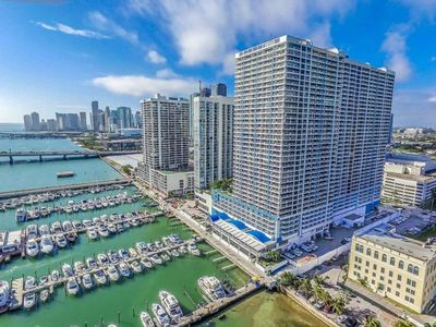 Photo for 2045 - Stunning bright condo with bay views