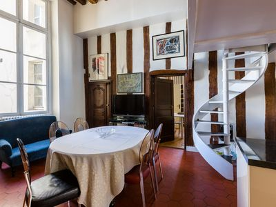 Photo for Ideal 2BR by the Pompidou, footsteps from many Paris top locations, by Veeve