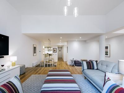 Photo for The Earl's Court Square Garden Apartment - ALBS