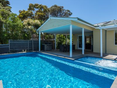 Photo for Normanby Lodge - 4 Bedroom Sorrento Accommodation