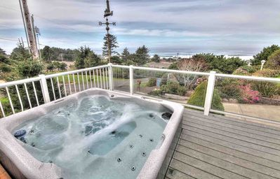 Photo for Sea Star Cottage Ocean Views! Hot Tub! Yachats