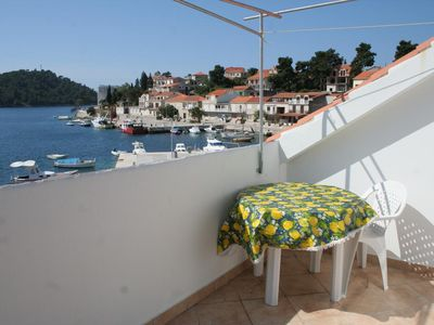 Photo for Two bedroom apartment with terrace and sea view Brna, Korčula (A-4415-a)