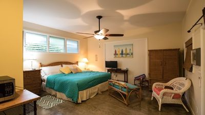 Photo for Kailua Beach Studio/Cottage