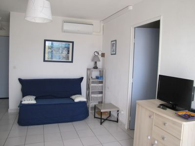 Photo for T2 3 *, air-conditioned, 500 m from the beach, 4 people, parking, terrace.