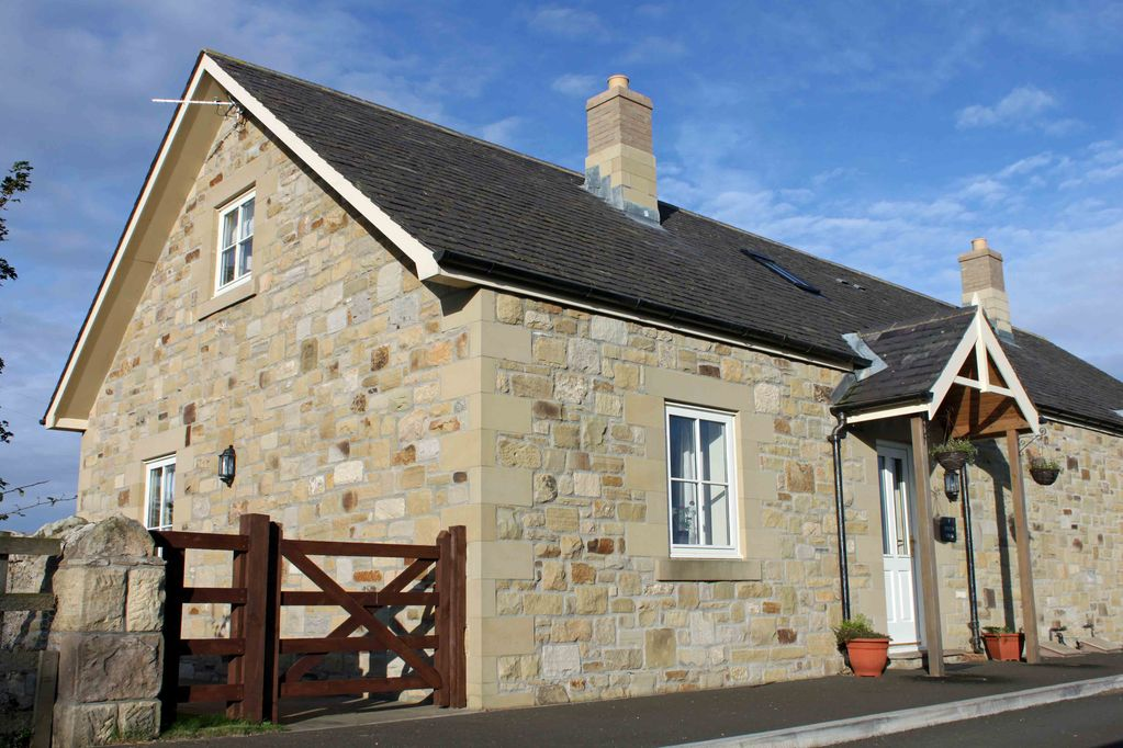 1 field view a cosy dog friendly coastal cottage with private access rh homeaway co uk