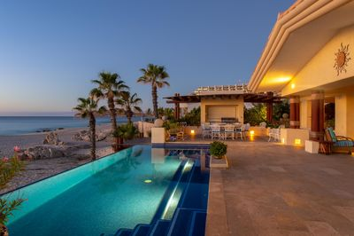 Pool, view, and seating