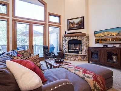 Photo for X2702 by Mountain Resorts: Luxury townhome*all that you need for summer vacation*