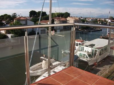 Photo for Beautiful 2 bedroom apartment 7 people marina and sea view