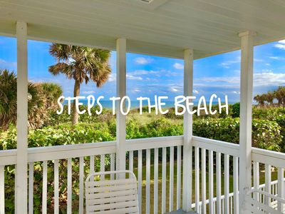 only 20 steps to the beach- groundfloor and convenient!  Sleeps 6 in beds!