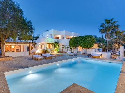 Photo for Luxury Villa with sew view, pool and tennis court in Ibiza