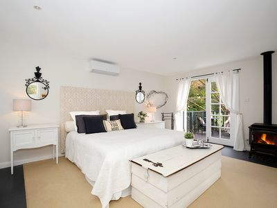 Photo for Kings Studio - Romantic, cosy getaway