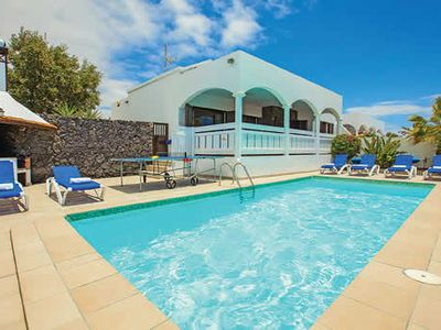 Photo for Comfortable villa with great views, table tennis and pool tables, Wi-Fi, and close to many attractions