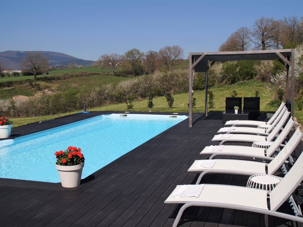 Delightful La Comelle House Rental   Stylish Holiday House For 6 Persons With Heated  Private Pool And