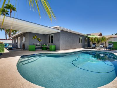 Photo for 87th Terrace · Amazing 5BD Home with Pool Near Old Town!