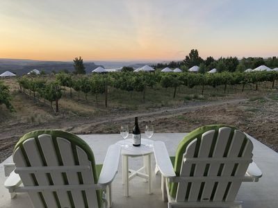 Photo for Cave B Ridge, winery front row, views of the river, walk to Gorge Amphitheatre