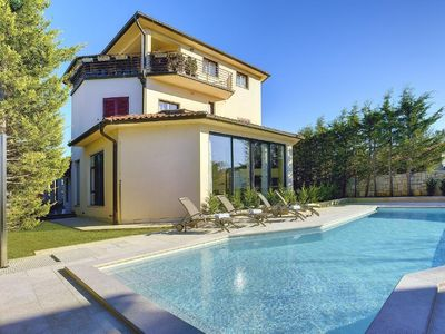 Photo for Holiday house Štinjan for 10 - 14 persons with 5 bedrooms - Holiday house