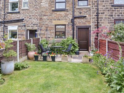 Photo for 2 bedroom accommodation in Glossop