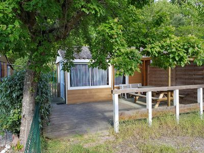 Photo for Chalet 20m2 in holiday village with pool in quiet Arcachon