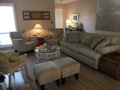 Photo for Clean and Comfortable Townhome in Bethany Proper