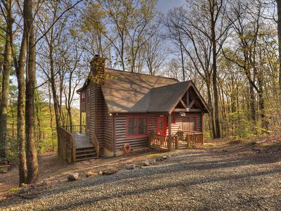 Photo for Private Blue Ridge Cabin - Mountain Views - Comfortable Amenities