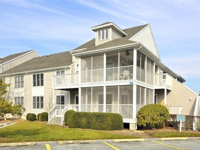 Photo for FREE DAILY ACTIVITIES!!  Bright and clean first floor 3 bedroom, 2.5 bath one level Sea Colony unit with all of the modern conveniences